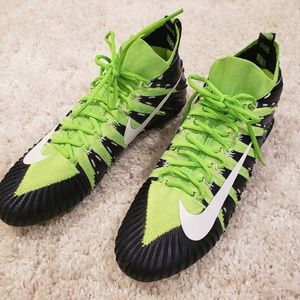 Nike cleats mens size 13